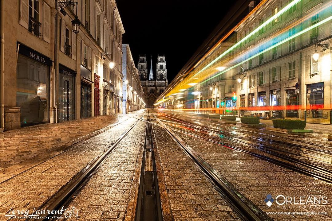 Rue Jeanne d'Arc  & Cathédrale Orléans by Night