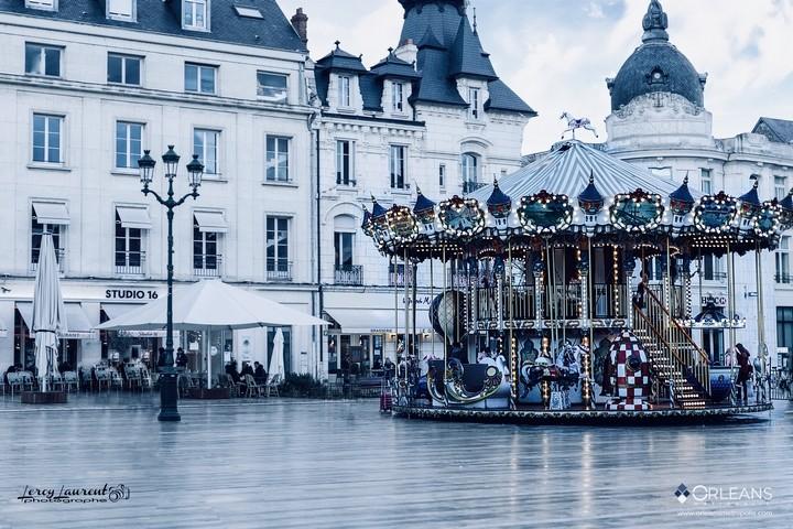 Caroussel de la place du Martroi Orléans